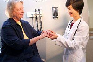 حرکتی برای درمان پیچخوردگی انگشتان+تصویر