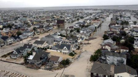 بازسازی مناطق آسیب دیده از توفان در آمریکا آغاز شد