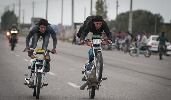 تصاویری از سرگرمی خطرناک جوانان بهشهری