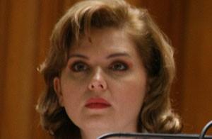 خانم ملکه زیبایی که رئیس مجلس شد (عکس)