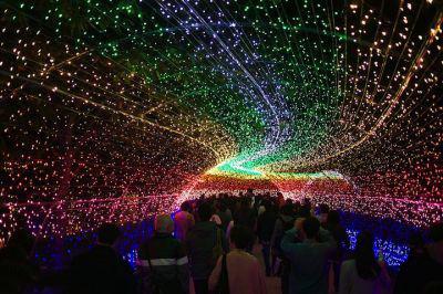 عکس های تونل کهکشانی در ژاپن