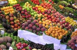 قیمت میوه شب یلدا در نقاط مختلف تهران/ افزایش چشمگیر قیمت انار