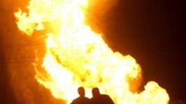 آتش سوزی ۴ خودرو و موتور سیکلت در خیابان خلیج