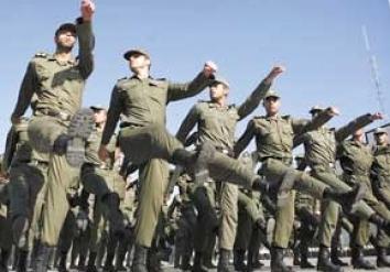 پاسخ خبرآنلاین به خوانندگان: معافیت های خاص سربازی کدام است؟