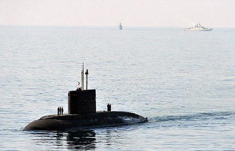 شلیک موفق اژدرهای زیرسطحیهای نیروی دریایی و انهدام هدف واقعی