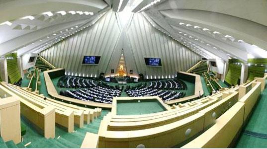 گزارش مدیران عامل ایران خودرو و سایپا بە کمیسیون اجتماعی
