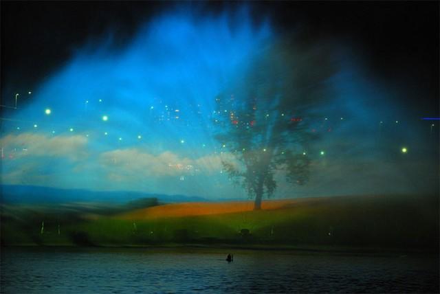 تصاویر شگفت انگیز از هنر آب و نور