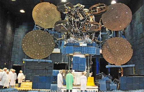 satellite main 627 402 narenji1 انتقال بی سیم اطلاعات با سرعت ۱۰۰ گیگابیت