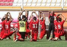 کوتاه قد ترین مرد ایران در تمرین سرخپوشان
