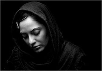 توییت جنجالی مهناز افشار در مورد ارسال نوار بهداشتی به کرمانشاه + عکس