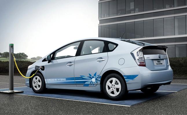 خودروهای هیبریدی الکتریکی محبوب تر از مدل های تمام الکتریکی