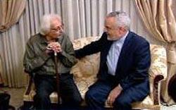 عیادت ازمشایخی توسط معاون اول احمدی نژاد+عکس
