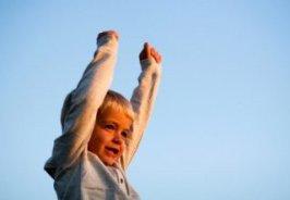 چگونه به دنیای کودکانمان نزدیک تر شویم؟