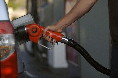 افزایش ۱۰ میلیون لیتری مصرف بنزین در ایام نوروز نسبت به سال قبل