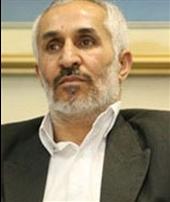 داوود احمدینژاد: برادرم در سه نامهای که برائ من نوشته مرا بیدین خواند