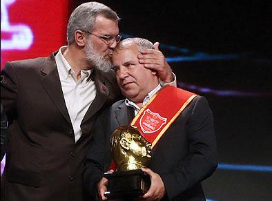 نشان افتخار تندیس طلایی AFC به علی پروین