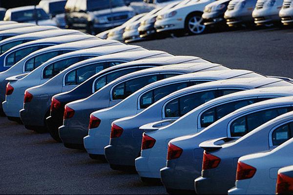 کاهش تعداد نمایندگی های فروش خودرو در ایتالیا