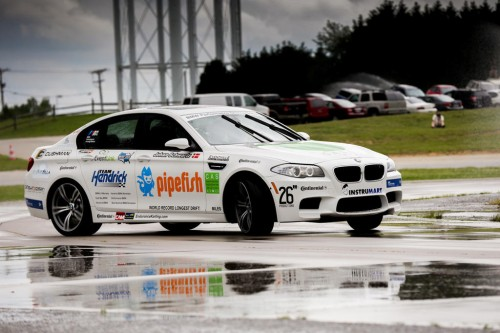 bmw-m5-guiness-record-for-drift-1