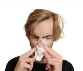 آبریزش بینی ممکن است ناشی از نشت مایع مغزی باشد