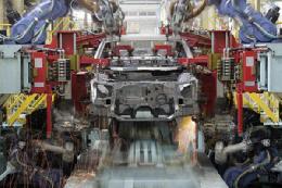 عضو انجمن قطعه سازان: راهکار بهبود وضعیت صنعت خودرو چیست؟