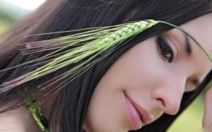 girl-ear-wheat-Favim.com-482091