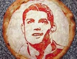 به مناسبت چهارمین سال حضور رونالدو در رئال / پیتزای کریستیانویی!