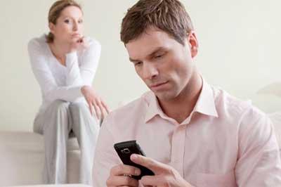 تمایل زنان متاهل برای روابط فرا زناشویی و خیانت به همسر