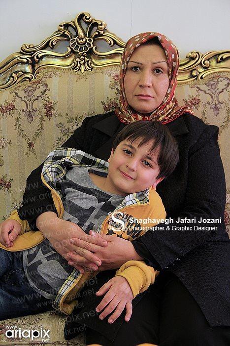 محمدرضا شیرخانلو و مادرش / محمدرضا شیرخانلو بازیگر کودک
