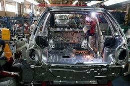 چند درصد ظرفیت خودروسازی خالی است؟
