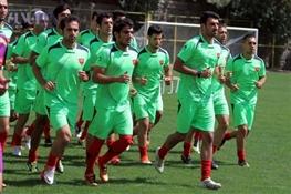 تساوی پرسپولیس و ملوان در بازی دوستانه / پرسپولیسیها دسته جمعی به هیات فوتبال رفتند