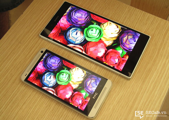 Sony Xperia Z Ultra display compared to the HTC One