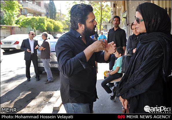 عکسهای بازیگران در مراسم درگشذت پدر حامد بهداد