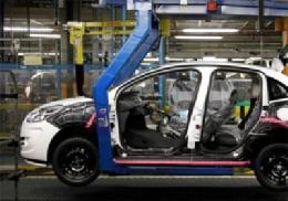 افزایش فروش خودرو صفر در فرانسه