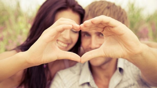 چگونه با همسر خو عشق بازی کنیم-آموزش تحریک زن در رابطه جنسی