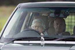 رانندگی خانواده سلطنتی+ تصاویر
