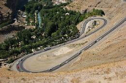 ترافیک جاده هراز و چالوس سنگین است/ محدودیت های ترافیکی در جاده چالوس و هراز