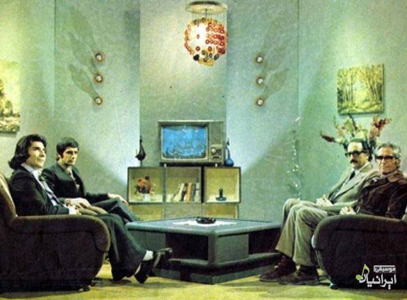 عکس جالب و قدیمی از اساتید نادر گلچین، محمدرضا شجریان، عبدالوهاب شهیدی در تلویزیون