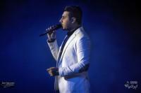 کنسرت احسان خواجه امیری (برای بزرگنمایی تصویر کلیک کنید)