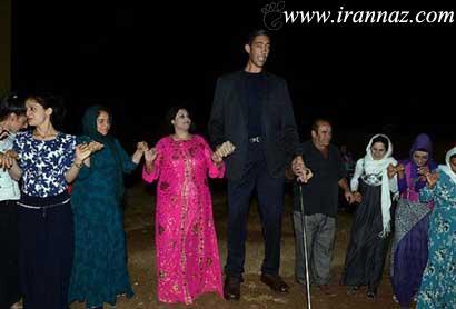 بلندترین مرد دنیا بالاخره ازدواج کرد + تصویر