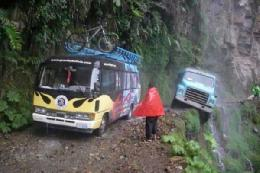 خطرناک ترین جاده دنیا+تصویر