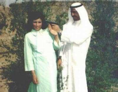 شوخی رومانتیک صدام حسین با همسرش