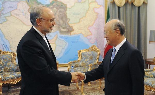 امضای توافق ایران و آژانس بین المللی انرژی هسته ای روز سه شنبه در تهران براساس توافقات امروز با ۵+۱ در ژنو