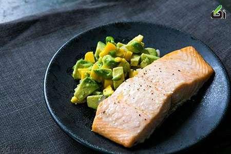 طرز تهیه ماهی سالمون با انبه و آووکادو – طرز تهیه