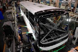 تولید اتوبوس صادراتی درسا در سمنان