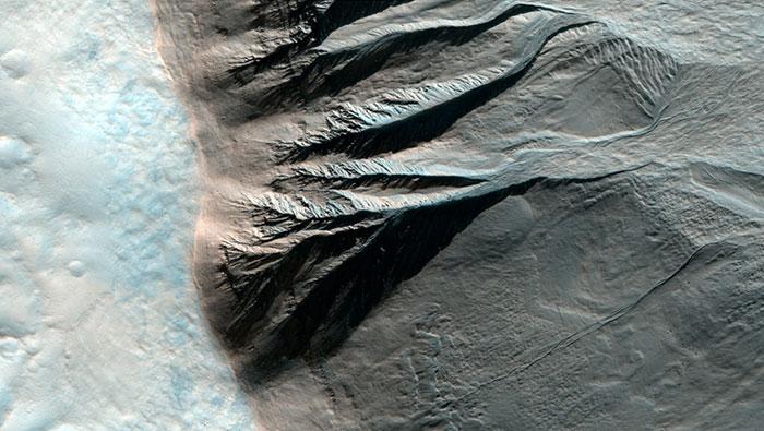 عکس های هوایی جدید ناسا از سیاره مریخ