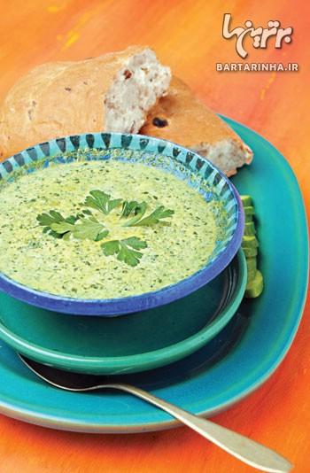 سوپ اسفناج و خامه اسپانیایی