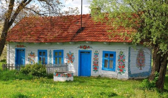 با جالب ترین خانه ها دنیا در این روستا + عکس