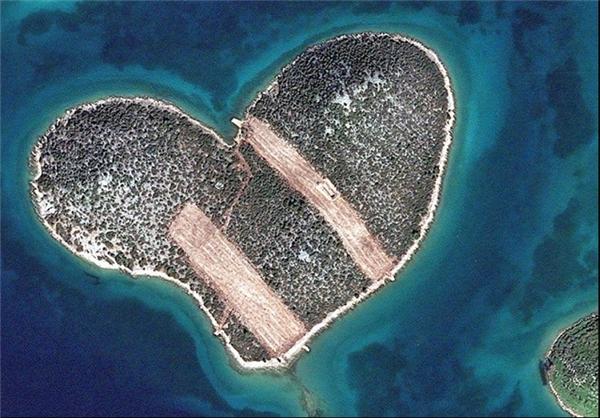 ازدواج در جزیره قلب+عکس