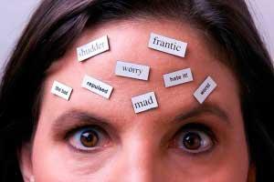 روش های دور کردن افکار منفی از خودمان