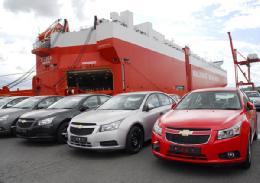 گزارش خودروهای وارداتی در مجلس